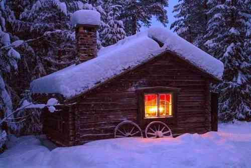 OT- Potpourri - WINTER cottage2.jpg